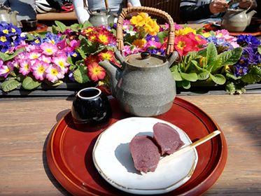 当麻寺中将堂のよもぎ餅を食べに行ってきました!!